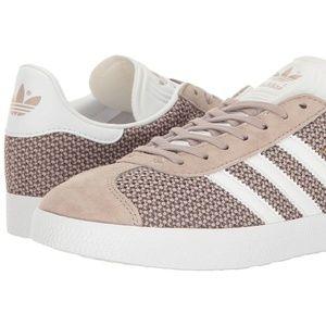 adidas Originals Women's Gazelle Fashion Sneakers
